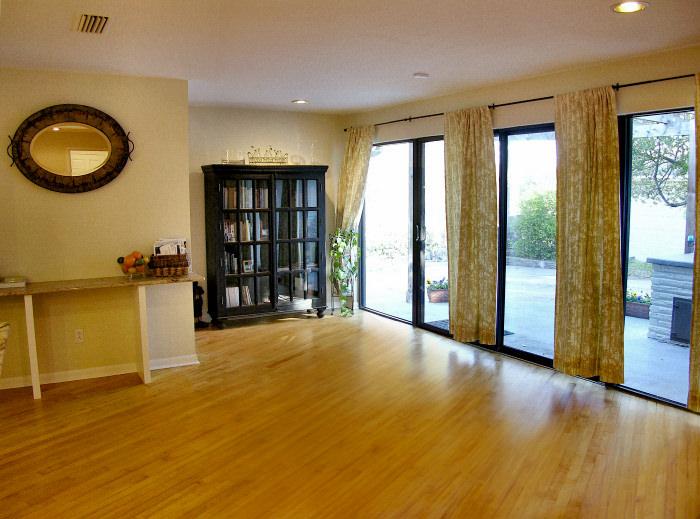 Antique Maple – Living Room Floor