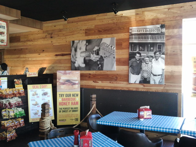 Pine Wall – Dickeys BBQ