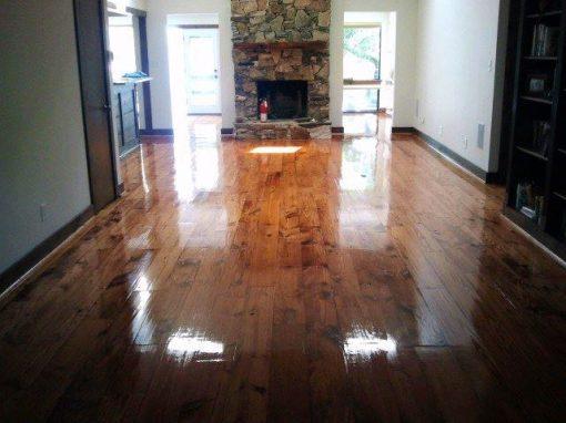 Flooring – Pine planks