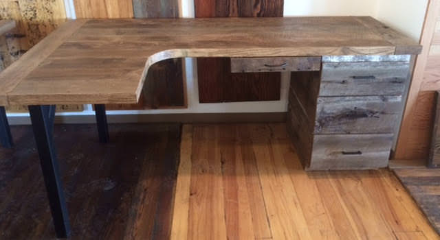 Custom circle sawn oak mirror desks