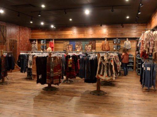 Pine Flooring – Cavender's
